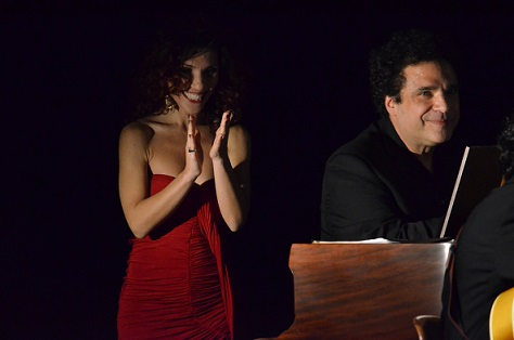 Daniela Fiorentino con Lee Curreri durante la loro performance a New York