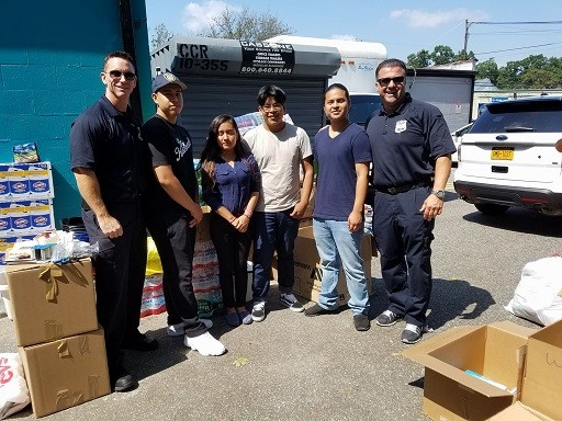 Friends from the MTA and Explorer's came to help #MTA #Helping Lions In Nassau For Texas
